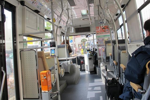 久しぶりのバス.jpg