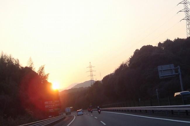 夕日が~.jpg