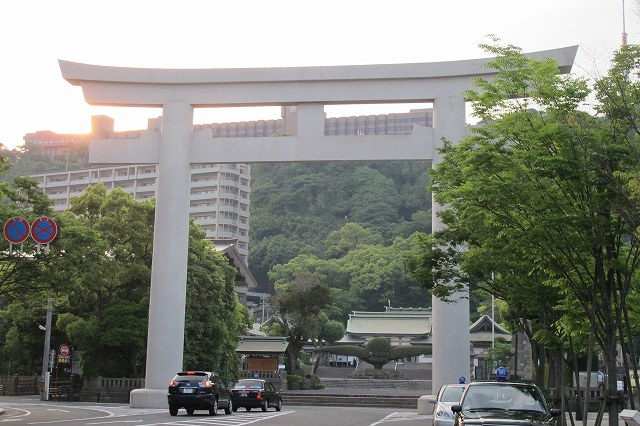 照国神社.jpg